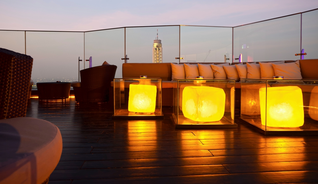roof top loungeaccra