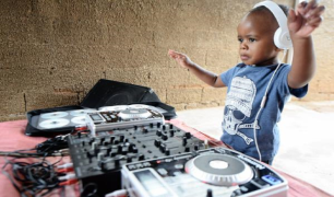 DJ Arch JuniorII
